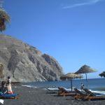Santorini Perissa schwarzer Strand